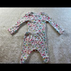 Baby girl carters NB flowery set